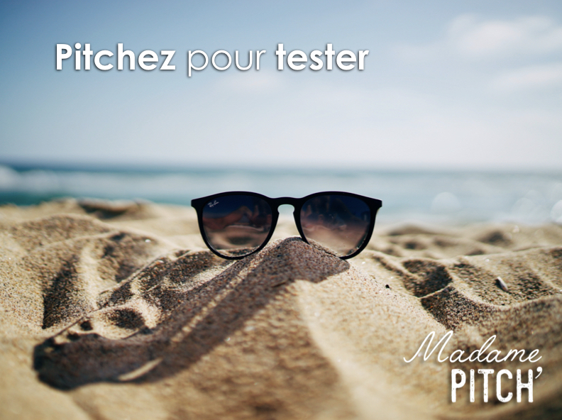 Lunettes posées sur le sable / Photo by Ethan Robertson on Unsplash
