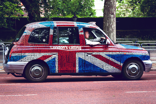 "Taxi english avec mention ""London Calling"""